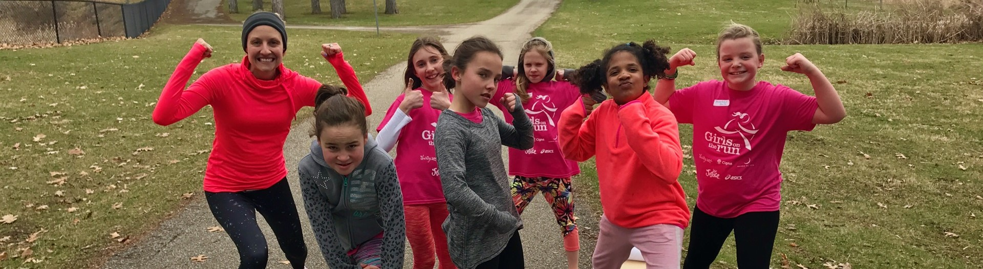 Girls on the Run Strike a Pose!